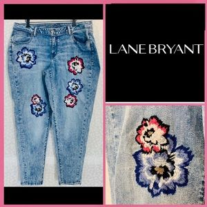 LANE BRYANT Acid Wash Floral Embroidered jeans EUC